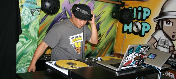 DJ J-rome DJ Ewock
